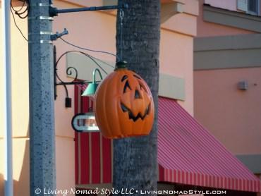 Celebration Oktoberfest Pole Jack-o-lantern