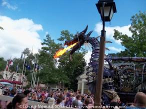 Parade - Dragon