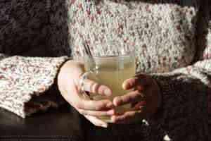Hot Lemon & Honey Drink with Fresh Ginger