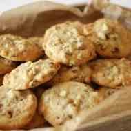 Pekan-Cookies mit weißer Schokolade
