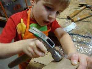 Free hands-on craft workshops for kids