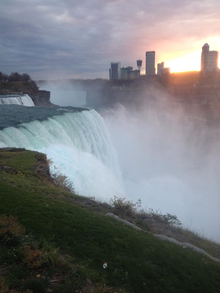 Niagara Falls Hiking; a secret spot not many people know about