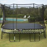 3 Best Square Trampolines For Your Backyard