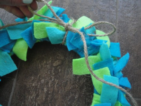 Earth Day wreath step 4b