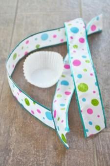 Jellyfish Craft Kit cupcake liner and ribbon