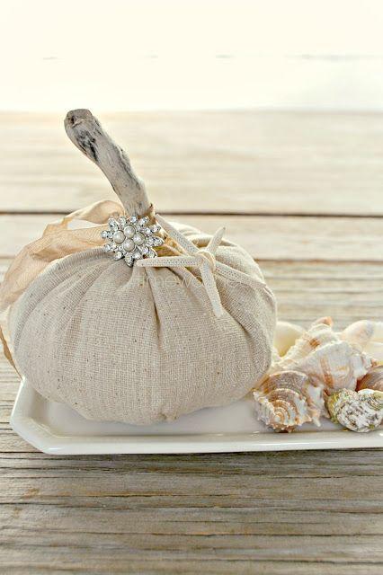 linen-and-driftwood-pumpkin