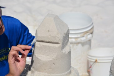 sand-castle-sculpting-2-800x533