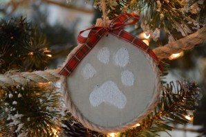 ornaments-pawprint-1-800x533