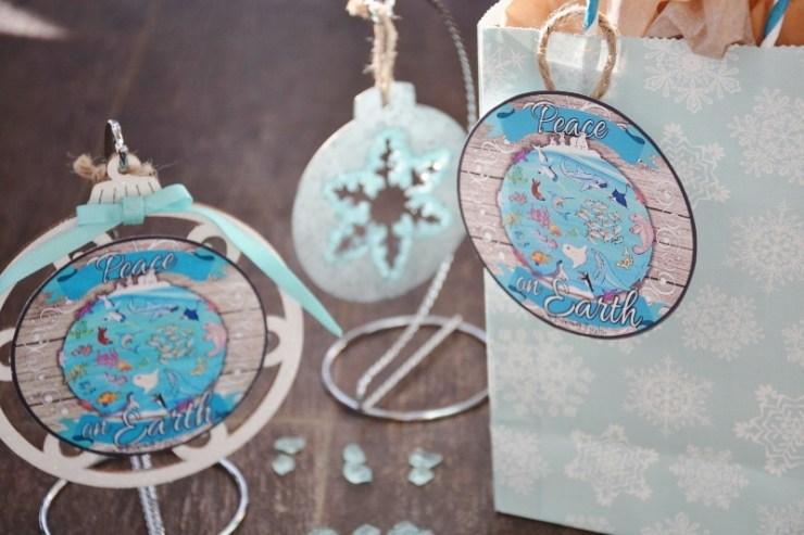 peace-on-earth-ocean-ornament-and-gift-tag