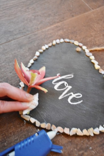 5-hot-glue-seashells
