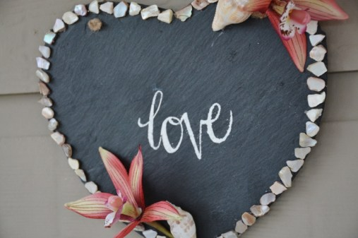 seashell-love-wall-hanging