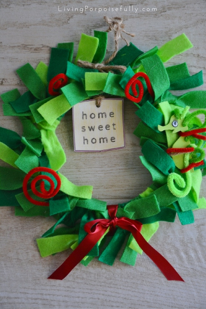 paper plate and felt wreath for kids - holiday version to go with Mira the Misfit Sea Dragon