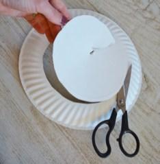 paper plate wreath cut center out 2