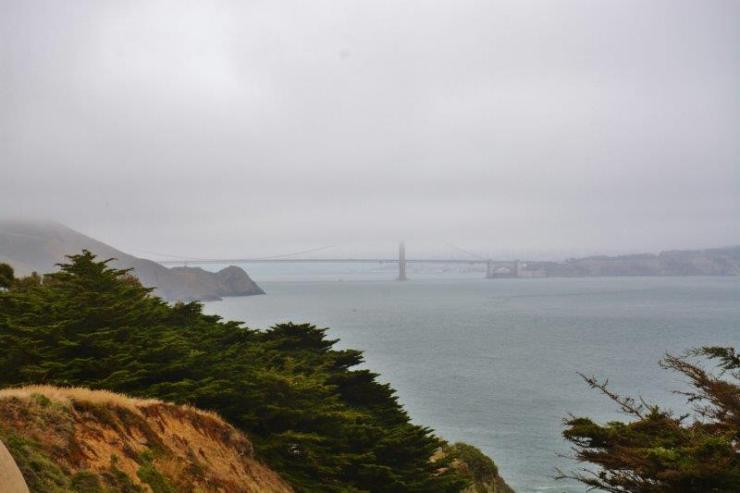 Golden Gate Bridge San Francisco - foggy morning