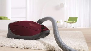 Top 7 Best Vacuum for Thick Carpet and Pet Hair 2019 Reviews