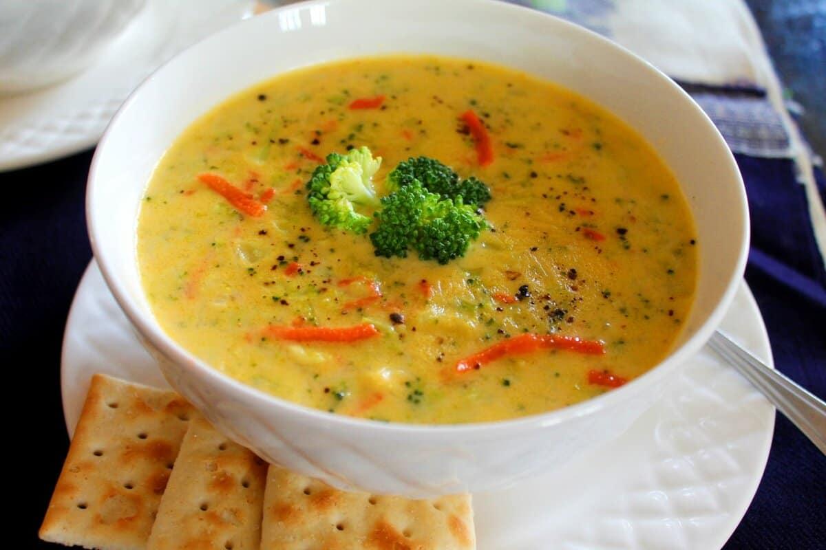 Broccoli Cheddar Soup – Instant Pot, Stove Top