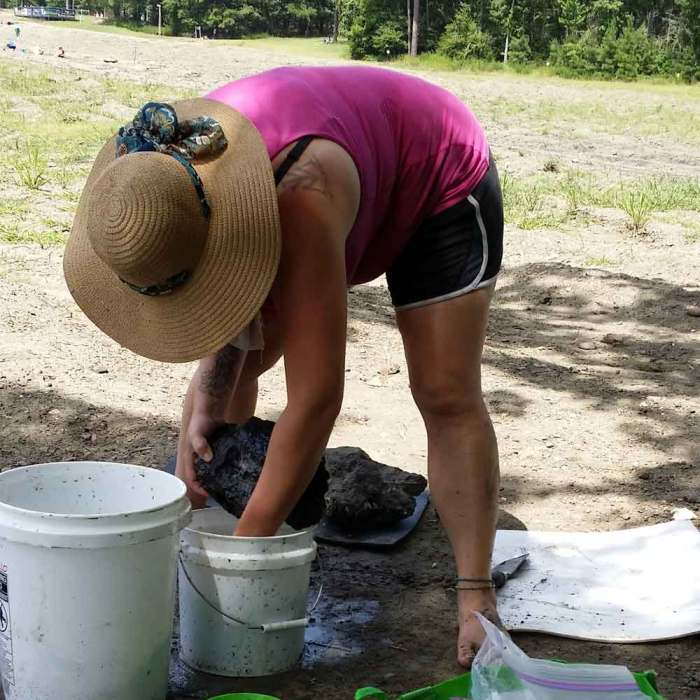 Jen washing and sorting stones. Crater of Diamonds State Park Arkansas family fun, pet friendly, adventure, rock hunting, camping