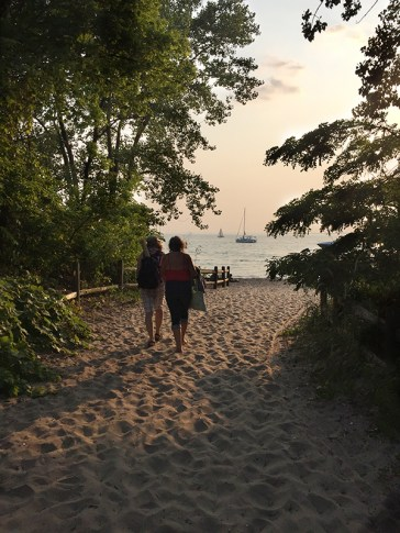 Path to Hanlan's beach.
