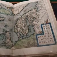 Open atlas.
