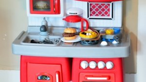 Little Tikes Cook 'n Grow Kitchen {Giveaway} Living Well Mom