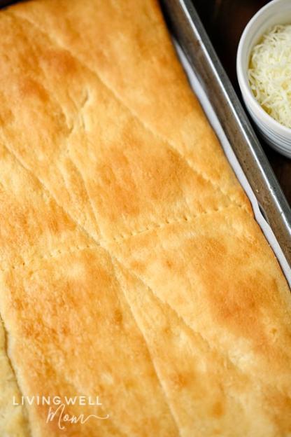 crescent roll pizza crust