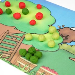 Celebrate fall with these free printable Playdough Mats for kids. Young children will love this fun activity as they practice fine-motor skills and learn all about apples!
