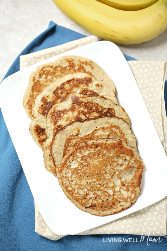With 2 eggs and 1 banana, these quick-and-easy pancakes are naturally gluten-free, dairy-free, and Paleo-friendly. The bananas add natural sweetness while the eggs give you a nice amount of protein that will keep your family satisfied longer than typical pancake recipes. This breakfast is both kid-friendly and mom-approved!