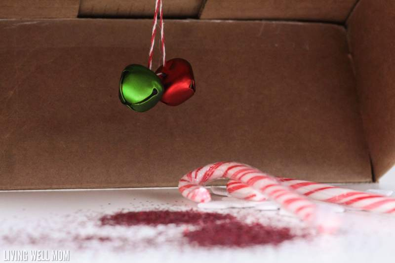 Can you catch your elf in the act? Have your kids build an Elf on the Shelf trap in this fun easy Christmas STEM activity!