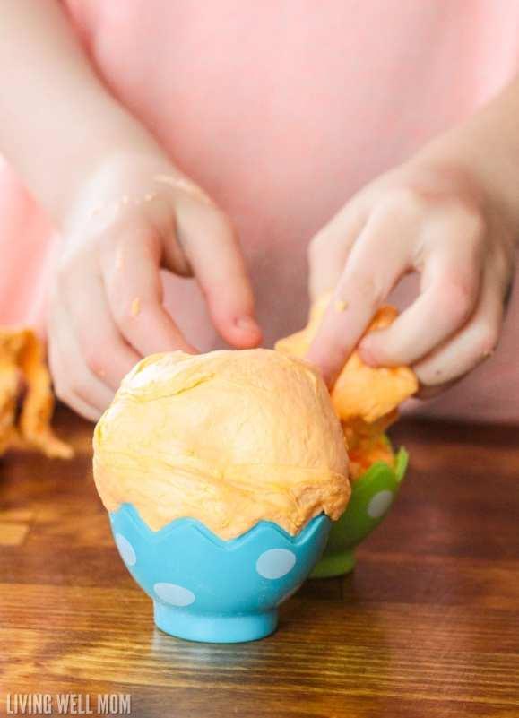 Stuffing fluffy slime in Easter eggs