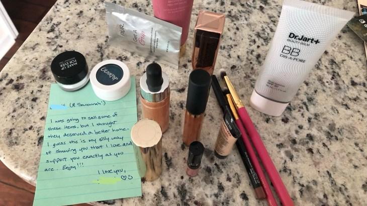 Makeup-present