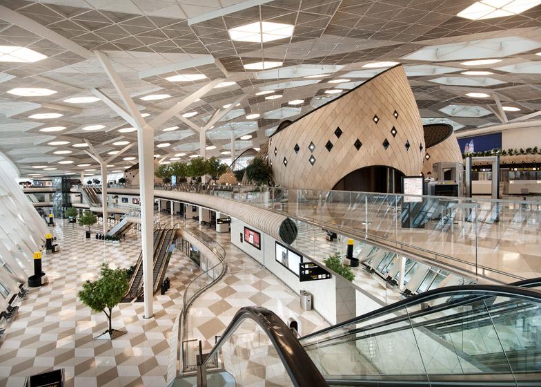 Heydar-Aliyev-Airport-terminal-by-Autoban_dezeen_784_0