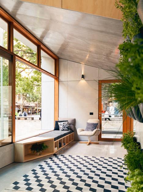 Worlds-First-Carbon-Positive-House-by-ArchiBlox_dezeen_468_4