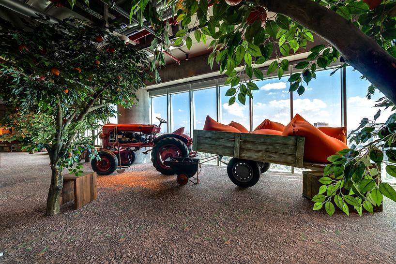 camenzind-evolution-design-google-offices-designboom-11