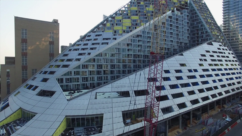 bjarke-ingels-group-BIG-via-57-west-new-york-courtscraper-construction-video-designboom-02