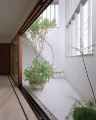 courtyard 30