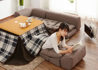 japan-kotatsu-heated-table-bed-4-889x633