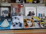 Duchamp, de Janis Mint - 5,50€; Recantos Acolhedores, de Jessica Lawson - 25€; Olhares Montanheiros - 20€; Lírica do Nu, de Mª João Franco - 40€; Como Pintar com Aerógrafo - 8€, em vez de 14,70€.