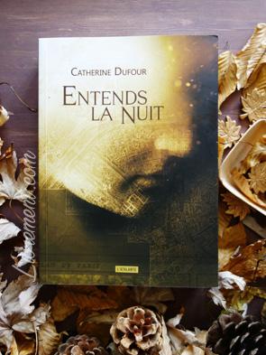 Mise en scène du livre Entends la nuit de Catherine Dufour