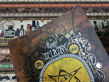 Le songe d'une nuit d'octobre de Roger Zelazny, détails dorés de la couverture