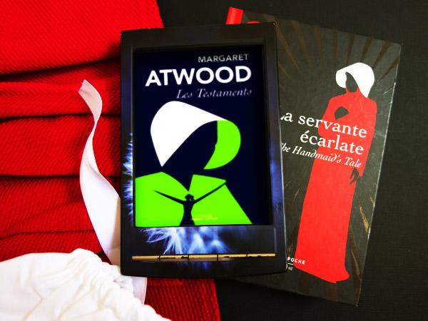 Mise en scène du roman Les testaments de Margaret Atwood