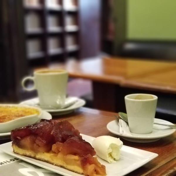La Belle Hortense - café, bar, cave littéraire (6)