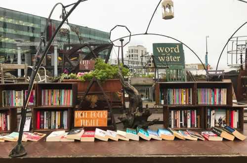 Péniche librairie londres