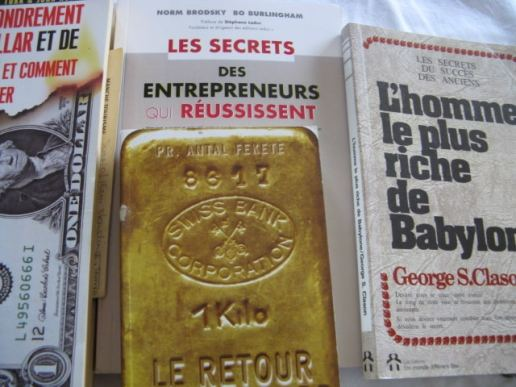 Photo livres gestion de l'argent