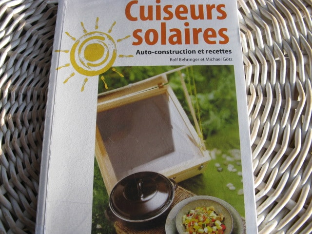 livres avec des plans pour cuiseurs fours solaires