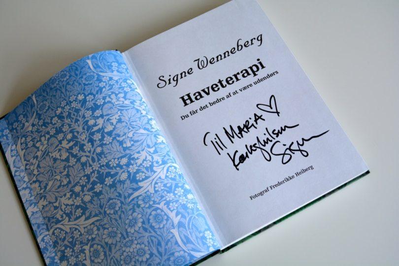 Signes bog signeret