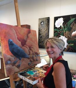 lLza giving a painting demonstration at True West Gallery