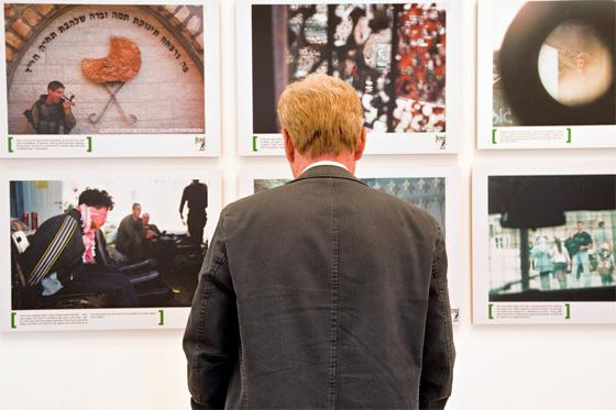 Die Ausstellung von Breaking the Silence in Dublin, Juni 2014. © Trocaire mit CC-BY-2.0-Lizenz via Flickr