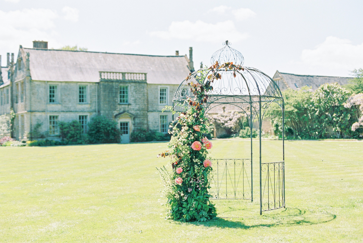Mapperton Weddings | English Garden Wedding | Liz Baker Photography