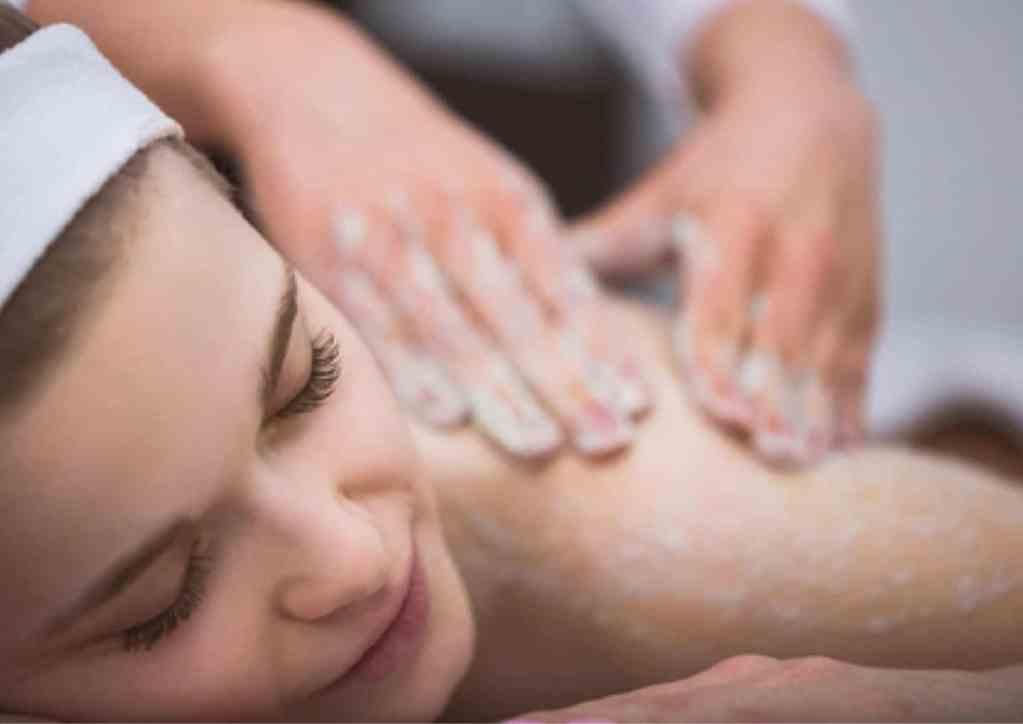 Liz Castro Belleza Integral personaliza tu tratamiento exfoliante para que estes siempre suave y tersa