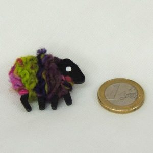 scale|euro-coin|sheep|pin